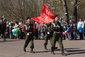 Курсанты с флагом